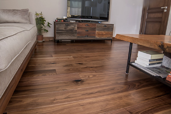 apartment-laminate